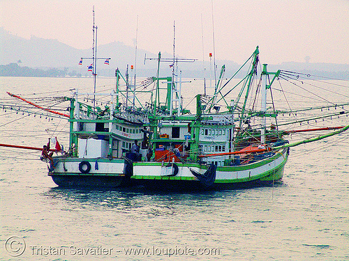 fishing trawlers - boats - thailand, fishing boats, fishing trawlers, ocean, sea, ships, twins, ประเทศไทย