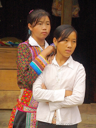 flower h'mong girls - vietnam, asian woman, asian women, flower h'mong tribe, flower hmong, hill tribes, indigenous, sapa, tribe girls