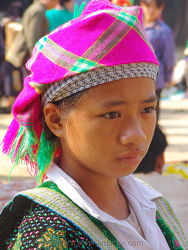 flower hmong girl with pink headdress - vietnam, bảo lạc, flower h'mong tribe, flower hmong, hill tribes, indigenous, tribe girl