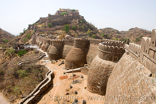 fortress - citadel - kumbhalgarh, citadel, defensive walls, fort, fortifications, fortified wall, fortress, india, kumbalgarh, kumbhalgarh, towers, udaipur, कुंभलगढ़