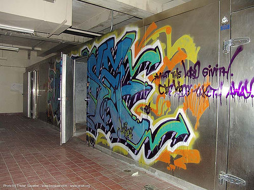 freezer - graffiti - abandoned hospital (presidio, san francisco) - phsh, abandoned building, abandoned hospital, decay, graffiti, presidio hospital, presidio landmark apartments, trespassing