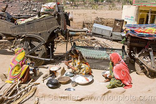 gaduliya lohars nomadic tribe, bullock cart, camp, chariot, encampment, gadia lohars, gaduliya lohars, gipsies, gypsies, horse cart, nomadic tribe, nomads, ox cart, road, thiya, udaipur