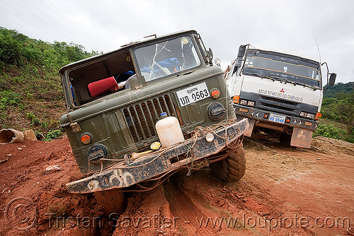 GAZ-66 russian all terrain 4x4 truck stuck in mud (laos), 4x4, all terrain, army truck, gaz-66, laos, lorry, military truck, mud, road, ruts, газ-66, го́рьковский автомоби́льный заво́д