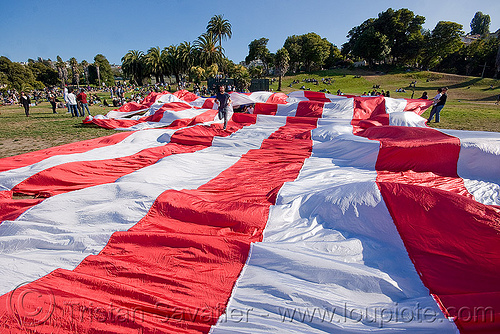 giant american flag - dolores park (san francisco), american flag, dolores park, giant flag, the flag project, us flag