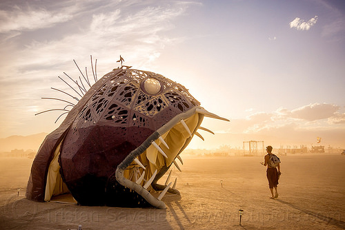 giant deep sea fish - illumacanth - burning man 2015, art installation, deep sea fish, illumacanth, mouth, sculpture, teeth