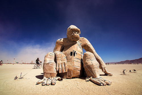 giant gorilla sculpture - burning man 2016, art installation, burning man, gorillas, sculpture, sitting