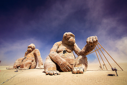 giant gorillas - burning man 2016, art installation, burning man, gorillas, sculpture, sitting