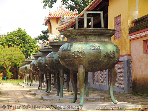 giant three-legged cauldrons - forbidden city - vietnam, brass, citadelle, hué, three legged