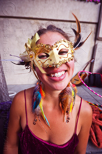 golden carnical mask, carnival mask, golden mask, how weird festival, savanna, woman
