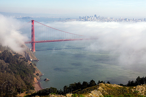 golden gate bridge and san francisco bay in the fog, buildings, city, fog, golden gate bridge, san francisco bay, seashore, suspension bridge
