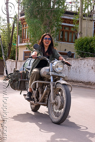 grace - woman riding royal enfield motorcycle - leh (india), 350cc, grace liew, india, ladakh, motorcycle touring, motorcyclist, rider, riding, royal enfield bullet, woman