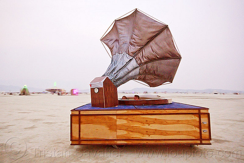 gramophone art car - burning man 2013, burning man, gramophone art car, madam piezo