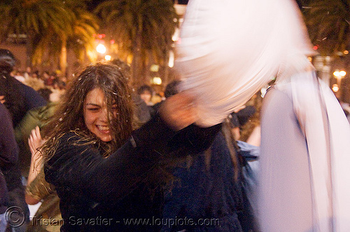 the great san francisco pillow fight 2008, down feathers, night, pillows, world pillow fight day