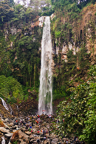 grojogan sewu, crowd, falls, java, mountains, people, rocks, water, waterfall