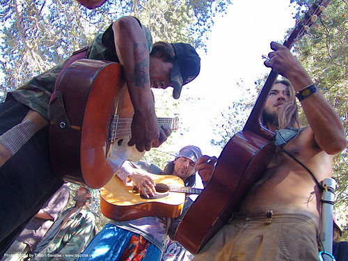 guitar-players - rainbow gathering - hippie, guitar players, guitars, hippie, rainbow family, rainbow gathering