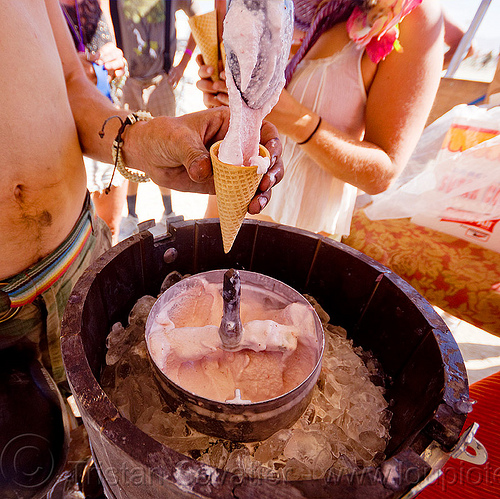 hand-churned ice cream, burning man, churning, food, ice cream churn, ice cream cone, serving, spoon