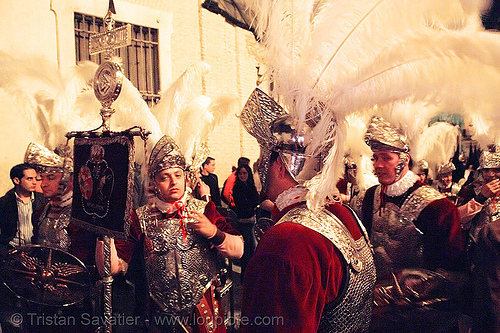 hermandad de la macarena - semana santa en sevilla, andalucía, armor, candles, capirotes, cofradía, easter, feathers, helmet, metal armor, nazarenos, night, parade, people, procesión, procession, religion, roman, roman soldiers, soldier, white feathers