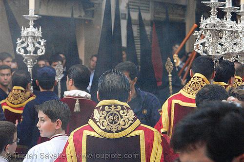 hermandad de los servitas - semana santa en sevilla, andalucía, capirotes, cofradía, easter, hermandad de los servitas, nazarenos, parade, procesión, procession, religion, semana santa, sevilla