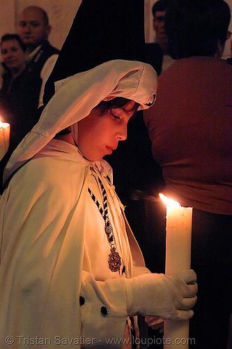 hermandad de monte-sión - semana santa en sevilla, andalucía, candles, capirotes, children, cofradía, easter, hermandad de monte-sión, kid, montesión, nazarenos, night, parade, people, procesión, procession, religion