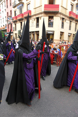 hermandad de san bernardo - red candles - semana santa en sevilla, andalucía, capirotes, cofradía, easter, nazarenos, parade, people, procesión, procession, religion