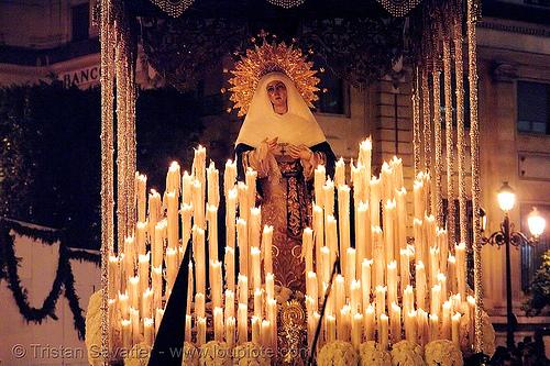 hermandad del museo - semana santa en sevilla, andalucía, candles, capirotes, cofradía, easter, el museo, madonna, nazarenos, night, parade, paso de la virgen, procesión, procession, religion, sacred art