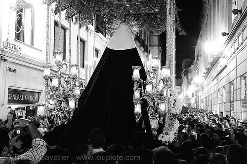 hermandad del museo - paso de la virgen - semana santa en sevilla, andalucía, candles, capirotes, cofradía, easter, el museo, hermandad del museo, nazarenos, night, parade, procesión, procession, religion, semana santa, sevilla
