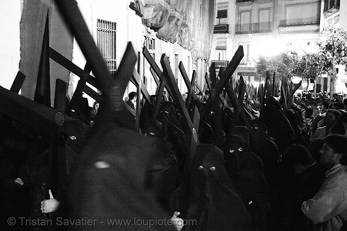 hermandad del silencio - nazarenos - semana santa en sevilla, andalucía, candles, capirotes, carrying, cofradía, cross, crosses, easter, el silencio, night, parade, people, procesión, procession, religion