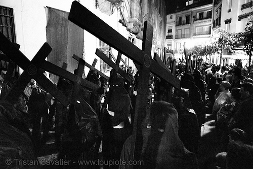 hermandad del silencio - semana santa en sevilla, candles, carrying, cross, crosses, easter, el silencio, hermandad del silencio, nazarenos, night, semana santa, sevilla