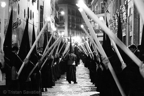 hermandad del silencio - semana santa en sevilla, andalucía, candles, capirotes, cofradía, easter, el silencio, nazarenos, night, parade, procesión, procession, religion