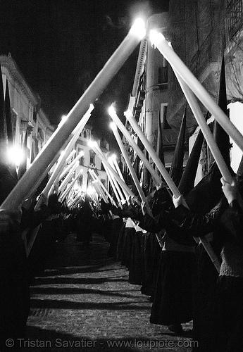hermandad del silencio - semana santa en sevilla, andalucía, candles, capirotes, cofradía, easter, el silencio, nazarenos, night, parade, people, procesión, procession, religion