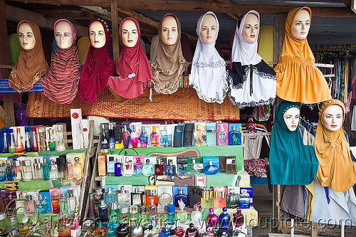 hijab shop, heads, hijab, islam, islamic fashion, muslim, perfume bottles, serikin, shop, store dummies, street market, women's apparel, حجاب