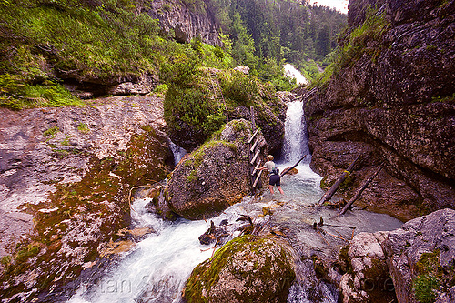 hiking to quellen buchweißbach near saalfelden (austria), austria, austrian alps, boulders, creek, hiking, ladders, mountains, quellen buchweißbach, river, rock, saalfelden, susi, via ferrata, wading, woman