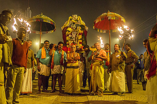 hindu guru in night procession - kumbh mela (india), guru, hindu pilgrimage, hinduism, india, kumbh maha snan, maha kumbh mela, mauni amavasya, men, night, umbrellas