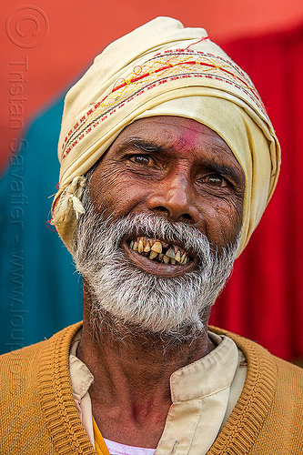 hindu man smiling (india), headdress, headwear, hindu, hinduism, man, tilak, tilaka, varanasi, white beard