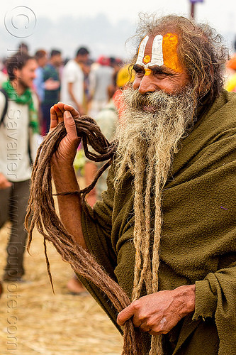 hindu man with long hair and beard dreadlocks - kumbh mela 2013 festival (india), beard dreadlocks, dreads, hindu, hinduism, kumbha mela, maha kumbh mela, man, tilak, tilaka, white beard