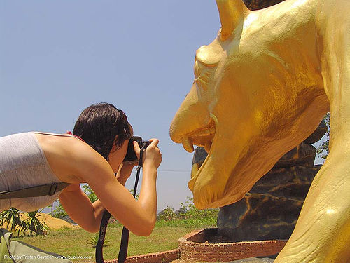 hindu park near phu ruea, west of loei (thailand), golden color, hindu, hinduism, thailand, woman