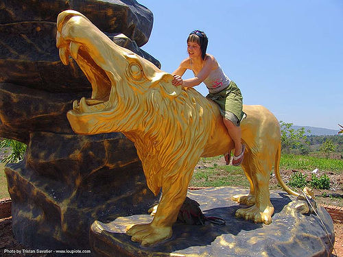 hindu park near phu ruea, west of loei (thailand), anke rega, golden color, hindu, hinduism, lion, phu ruea, woman, ประเทศไทย