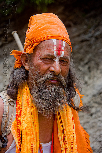 hindu pilgrim with tilaka ritual mark - amarnath yatra (pilgrimage) - kashmir, amarnath yatra, baba, beard, bhagwa, hiking, hindu holy man, hindu pilgrimage, hinduism, india, kashmir, mountain trail, mountains, old man, pilgrim, ramanandi tilak, saffron color, trekking