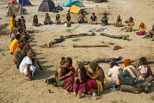 hippies sitting in supper circle at rainbow camp - kumbh mela 2013, camp fire, camping, circle, crowd, hippies, kumbha mela, maha kumbh mela, rainbow camp, sitting, tents