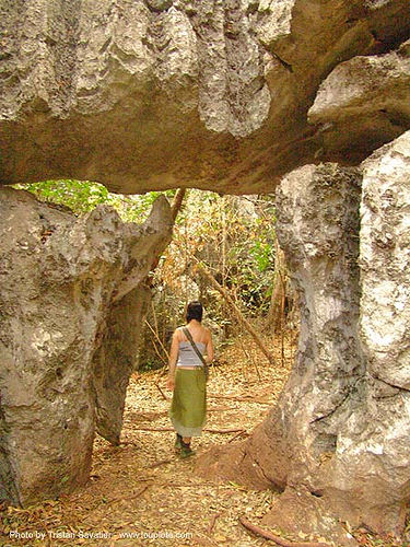 hole in the rocks - stone maze - karstic area near wang saphung - thailand, anke rega, karst, karstic, stone maze, wang saphung, woman, ประเทศไทย