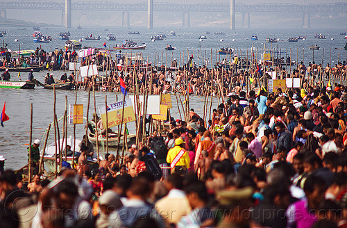 holy bath in ganges river at triveni sangam - kumbh mela 2013 (india), crowd, dawn, fence, ganga river, ganges river, hindu, hinduism, holy bath, holy dip, kumbha mela, maha kumbh mela, paush purnima, pilgrims, ritual bath, river bank, river bath, river bathing, river boats, triveni sangam, water, yatris