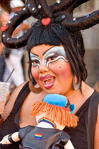 holy mcgrail - folsom street fair (san francisco), bio drag-queen, bio queen, drag queen, faux queen, hlly macgrail, holy mcgrail, make-up, woman