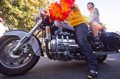 honda valkyrie - dykes on bikes, 1500cc, dolores park, dykes on bikes, feather boa, gay pride festival, honda valkyrie, motorbike, motorcycle, women