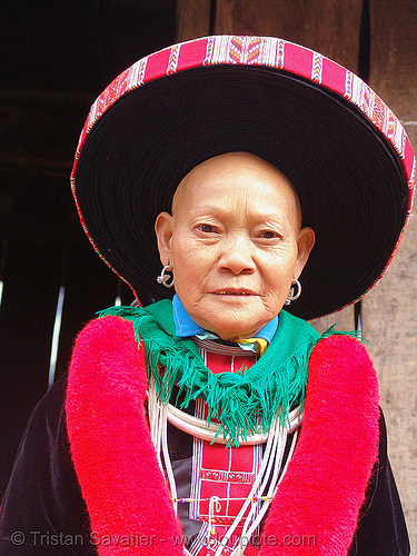 hongtou yao/dao (kiem mien) tribe woman with headwear - vietnam, asian woman, dao tribe, dzao tribe, green, hat, headwear, hill tribes, hongtou-yao tribe, indigenous, kiem mien tribe, mature woman, mountain yao tribe, old, red dao, turban, zao tribe