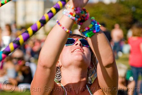 hula hooper - woman, beads, bracelets, dolores park, hula hoop, hula hooping, kandi kid, kandi raver, people, sunglasses