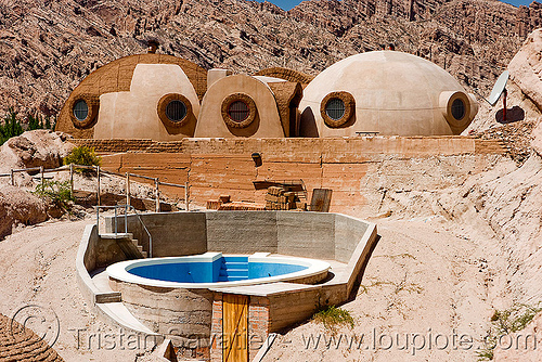 igloo house - modern architecture (argentina), architecture, argentina, cachi, calchaquí valley, dome house, igloo house, modern, molinos, noroeste argentino, round house, swimming pool, valles calchaquíes