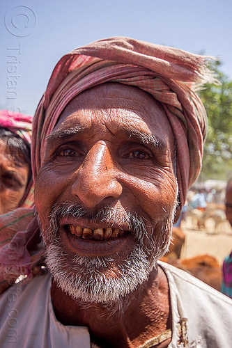 indian muslim man with short beard (india), beard, betel nut, man, muslim, west bengal