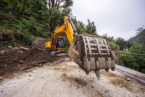 JCB JS200 excavator clearing landslide (india), at work, bucket attachment, excavator bucket, india, jcb, js200, js200hd, man, road construction, roadwork, worker, working