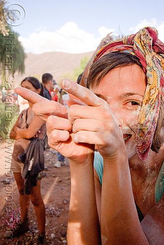 jimena - carnaval de tilcara (argentina), andean carnival, carnaval, fingers, hand, jimena, noroeste argentino, quebrada de humahuaca, tilcara, woman