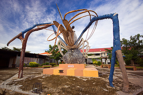 jumbo shrimp monument, beluran, borneo, claws, giant prawn, giant shrimp, jumbo prawn, landmark, langouste, lobster mutiara, malaysia, monument, rock lobster, sculpture, spiny lobster